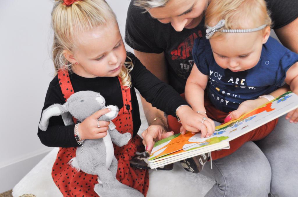 Connect logopedie voorlezen gezin
